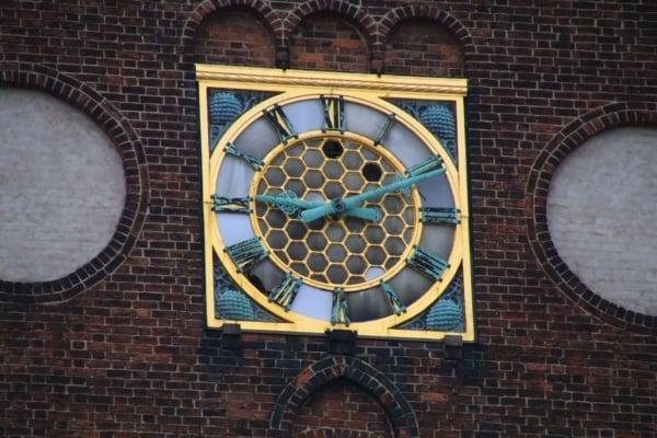 Billede af Aarhus Domkirke ur. Fra Bikepacking, Danmark rundt