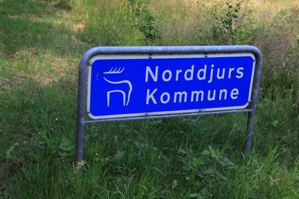 Billede af skilt, Norddjurs Kommune. Fra Bikepacking, Danmark rundt