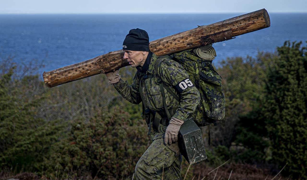 Episode 7, Korpset, sæson 4, Hold fokus, aspirant nr 5 med fuld læs, Foto Lars E. Andreasen, TV 2