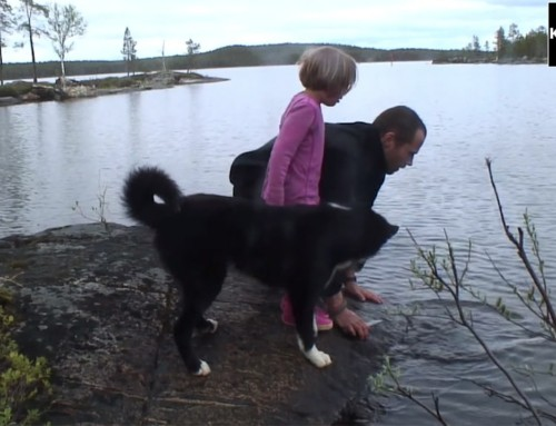 "FRAKLIP: fra ""Far og datter i Vildmarken, 45 dage i kano"""