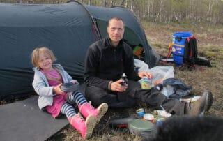 Hyggelig dag, Far og datter i Vildmarken, 45 dage i kano, Finland, Finland