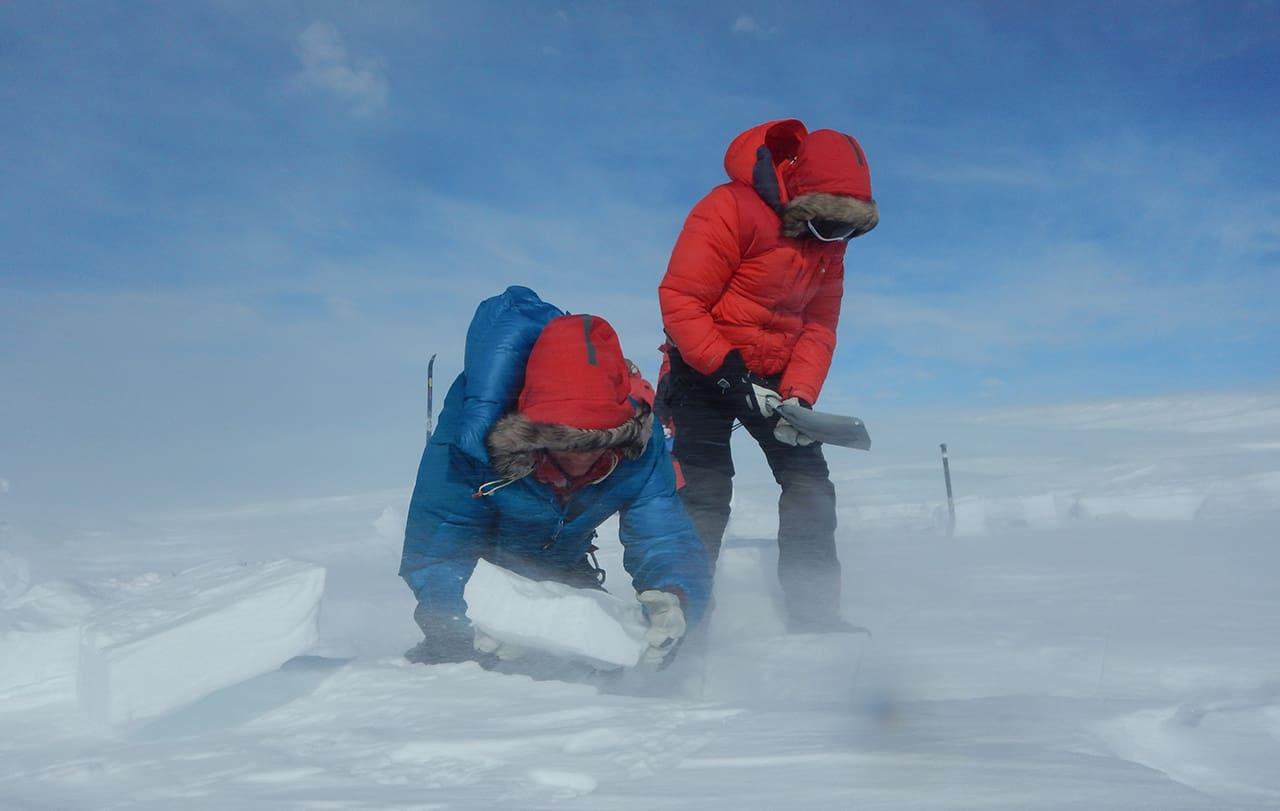 Grønland Indlandsiskrydsning – på ski i verdens mest øde område, foredrag og online foredrag af Erik B. Jørgensen