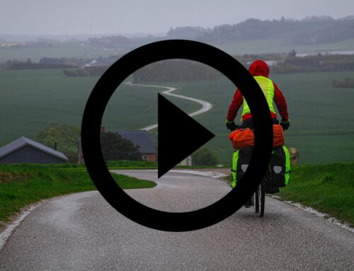 Mors rundt på cykel [Mikroeventyr] (film)